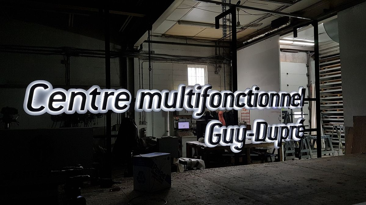 Centre multifunctionnel guy-dpre